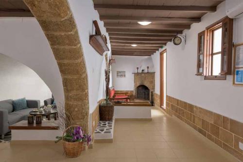 rustic-self-inn-rhodes-rentals-apartments-05