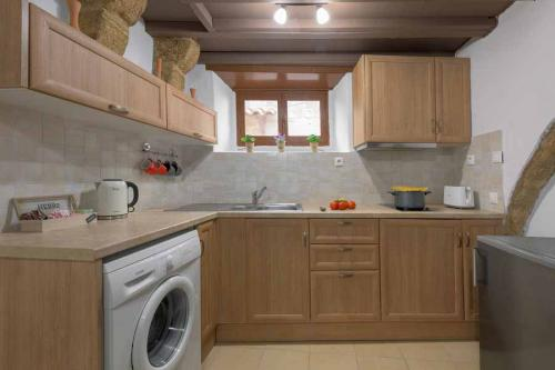 rustic-self-inn-rhodes-rentals-apartments-11