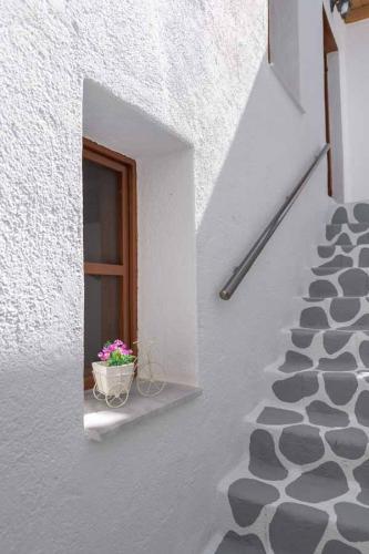 rustic-self-inn-rhodes-rentals-apartments-16