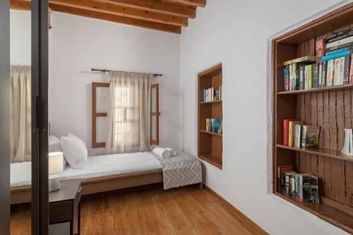 rustic-self-inn-rhodes-rentals-apartments-23