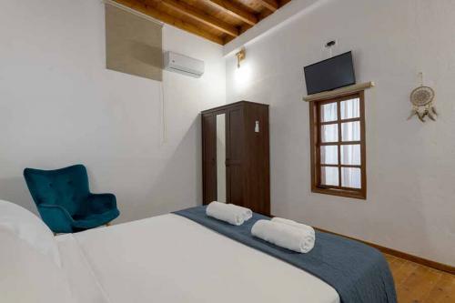 rustic-self-inn-rhodes-rentals-apartments-24